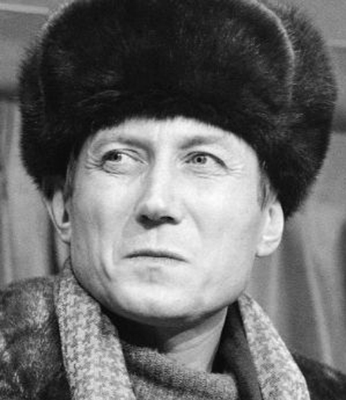 babi yar by yevgeny yevtushenko essay The message of hate in yevgeny yevtushenko's babi yar there are very few people in the world who are willing to go against the popular trends and do what they feel in their hearts is correct.